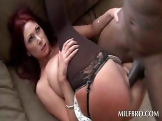 Stockinged MILF gets mature cunt fucked