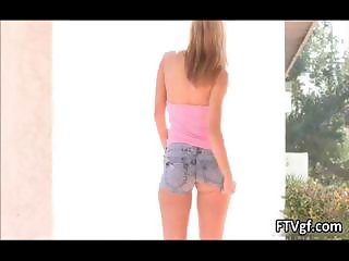 Hot babe Jessi is stretching her nice part6