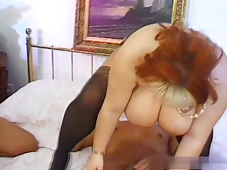 bbw Monique East shower and threesome