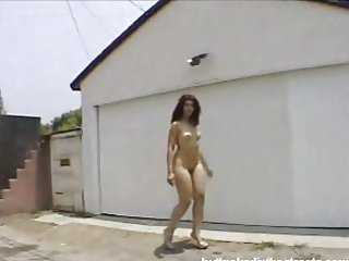 NUDE CURVY GIRL WALKING--VERY SEXY CURVY ASS