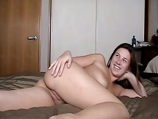 Amateur College Teens Fuck and Get Creamed