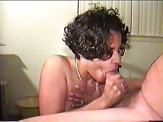 Amateur Wife Blowjob and Nice Cumshot Facial