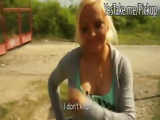 Amateur blonde takes money then blowjob and analized outdoor