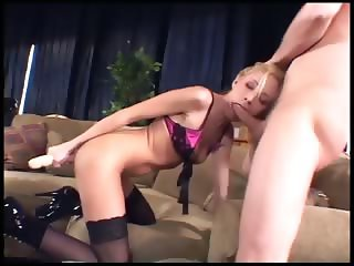 Kinky babe anal in thigh high stockings and boots