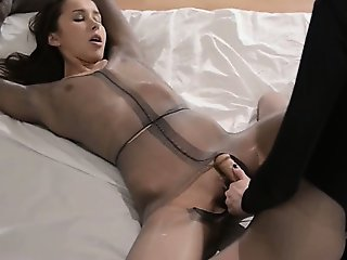 Luxury babes with strapon in cute