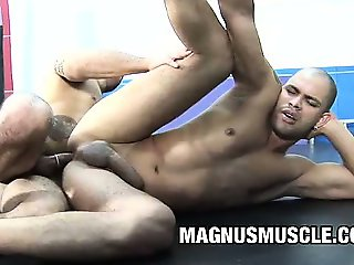 Lukas Bright and Tony Lee - Muscle Men Anal Fucking