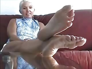 Mature Sophia's Feet 3