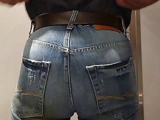 crossdresser in tight jeans again