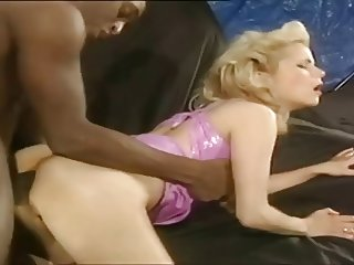 Stunning Blonde's 125cc holes Rebored To 750cc - BBC