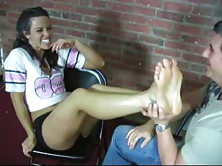 lick this feet 3