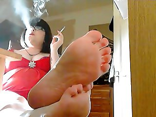 Showing Off The Soles Of My Feet & Smoking - Foot Fetish