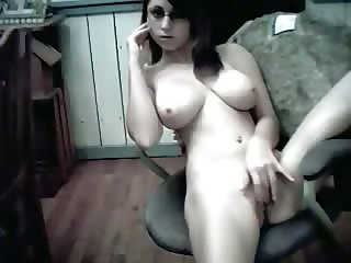 Busty Shyloh big natural boobs in webcam