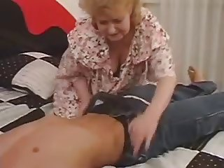 Older Mature Fucked By Young Cock