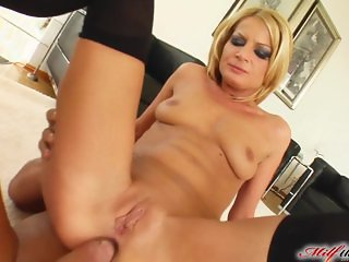 Milf Thing Divorcee MILF partaking in ass fuck