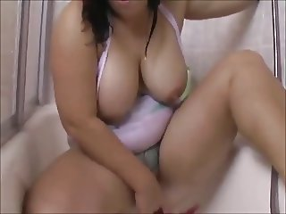 Hot BBW Teen taking a shower and showing her plump body