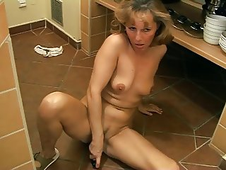 Another attractive mature lady solo 2