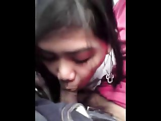 cute teen filipina blowjob on car