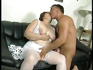 BBW FAT ASS GRANNY FUCKED ON A SOFA