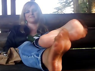 Ripped nylon soles and massage