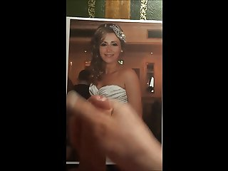 Cum tribute to Diana on her wedding day