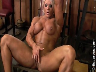 Lisa Cross 01 - Female Bodybuilder