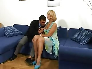Grandma Gives A Hot Blowjob Then Lets Him Pound Her Pussy
