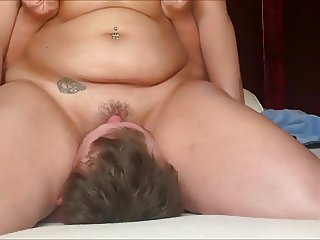 Rubbing her Pussy Juices All Over His Face