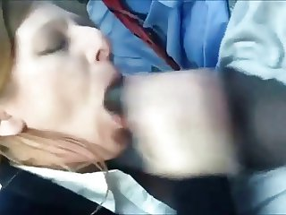 Experienced Mom Interracial cocksucking
