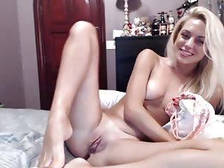 Cute Blonde Riding Dildo - WEBCAM