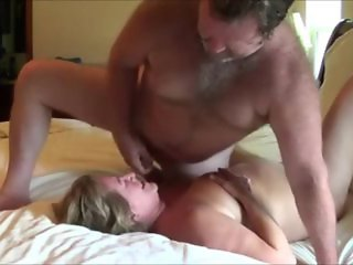 Housewife Getting Used by Some Guy