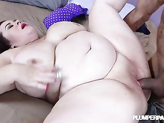 Busty BBW MIlf Lady Lynn Takes on Huge Latin Stud