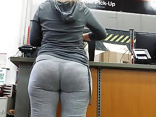 Phat pawg milf booty in grey sweats