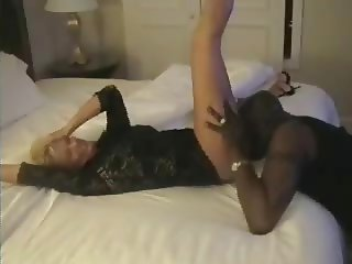 Wife Fucks Black Guy in Hotel
