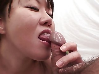 Horny Japanese couples have blow job marathon together
