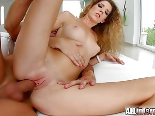 Allinternal Monique gets a pussy creampie