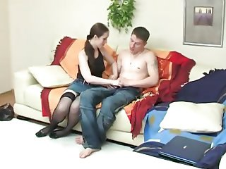 Seeing Her stepbro Wanking Gets stepsister Horny !