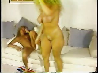 Nude Blonde Catfight