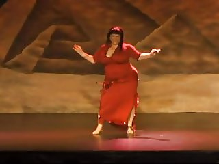 bbw belly dancer