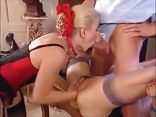 American milf niki needs to take care of her tingling pussy - 1 part 2