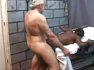 Older white guy fucks young black girl !!!