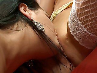 Big boobs Jasmine has hert cooter licked passionately