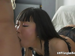 18 Virgin Sex - Young asian Arianna