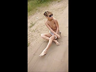 Ukrainian girl - Oh Mammy Blue