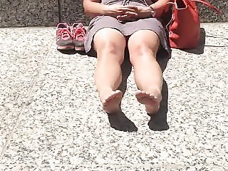 Chubby redhead milfs toes and face