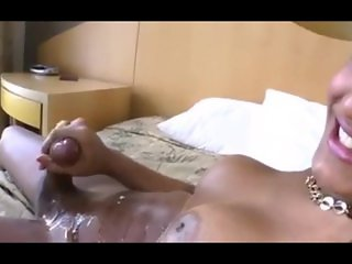 Shemale releases a Heavy Cumshot