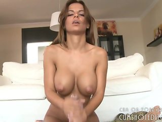 Gorgeous Latina Babe Pleasing Cock POV