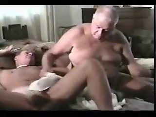 Threesome Grandpa Fuck