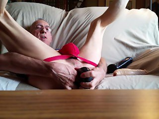 2016-07-14 playing with dildos