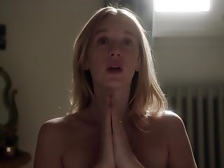 Ludivine Sagnier - The Young Pope