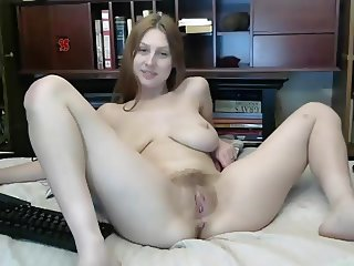 Beautiful redhead webcam